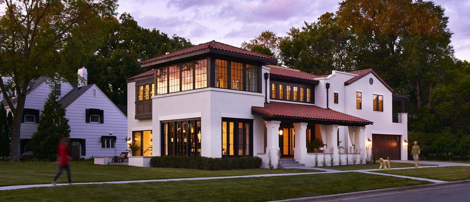 Modern Mediterranean-style home by Charlie Simmons and Company