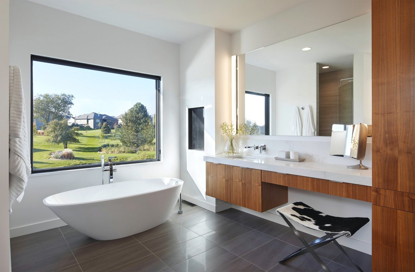 Sioux Falls Modern bathroom